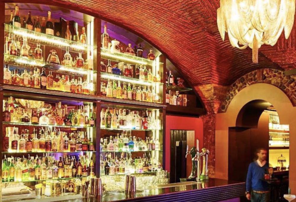 Columbus Bar -