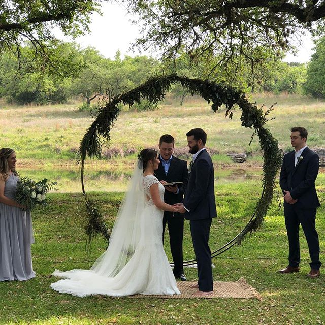 Gorgeous ceremony @theaddisongrove 💕💕
