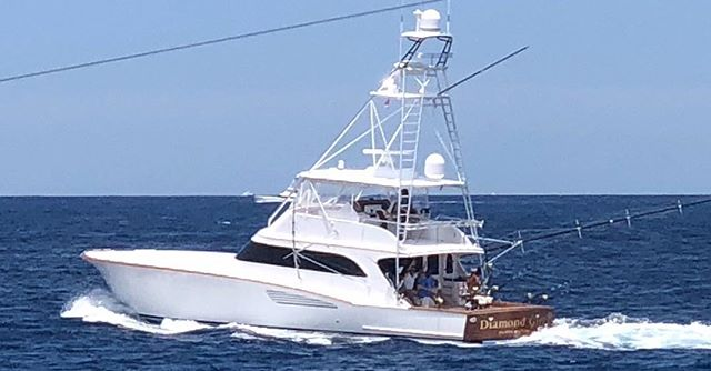 Harry Smith on the Double B took this great pic of the Diamond Girl during the Big Rock Fishing Tournament.  #bigrocktournament #bigrockfishingtournament #thedoubleb