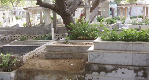 Rehan Ansari,  PECHS (Society) Cemetery , 2011