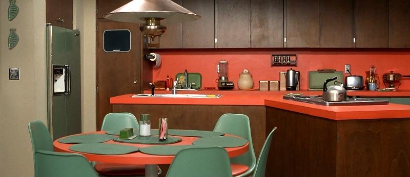 Image of the Brady Bunch kitchen via  hookedonhouses.net
