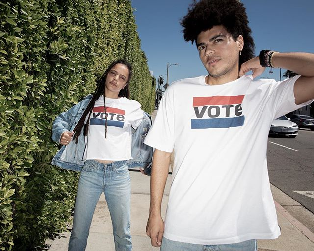 Get registered to vote! November 6th is the day for midterm elections. ❤️💙❤️💙 #rockthevote #levis #slaneclothing