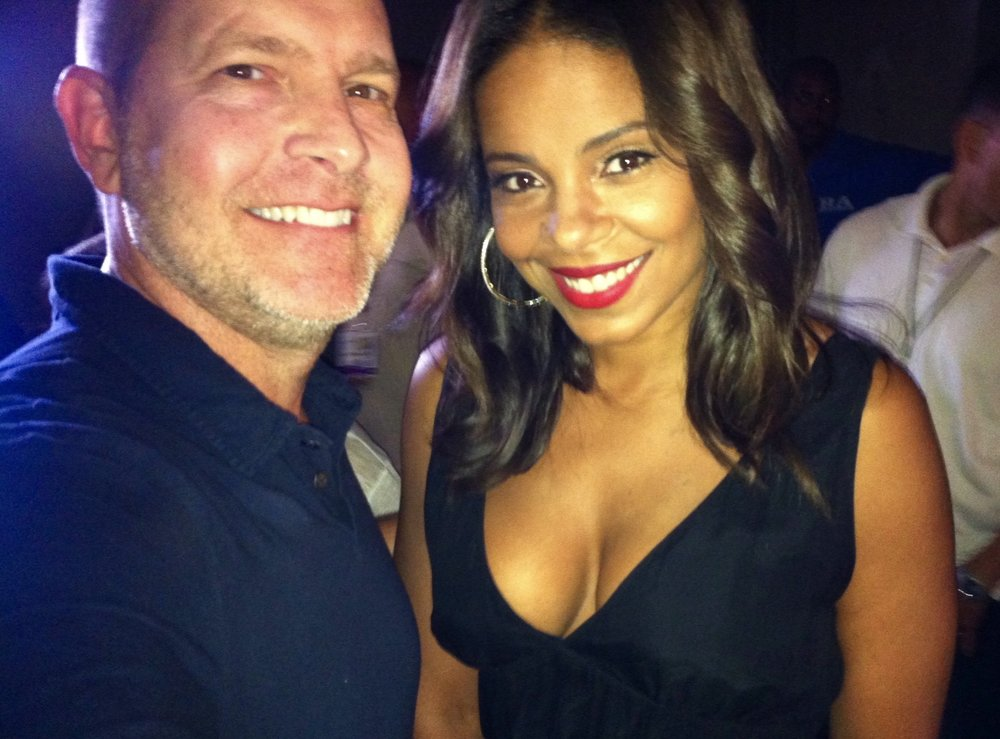 Cleveland and Donna in real life.  Mike with Sanaa Lathan at FOX upfront party in Central Park (2009)
