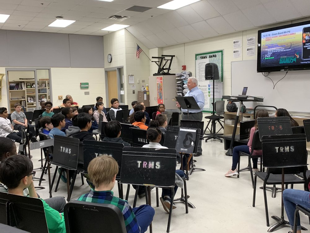Dr. Robert Murray (Professor of Trumpet at the Schwob School of Music at Columbus State University) came to visit our Green Band students on Dec. 5th and 6th!