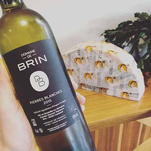 Pouring this all day today! Perfect with a serve of Raclette 😍🧀 #gaillac #wine #raclette