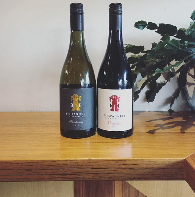 This week for our Sommelier Pour we have these two beauties from @scpannell 🍷 Adelaide Hills Chardonnay and Grenache 🙌  #sommpour #adelaidehills #harryandfrankie