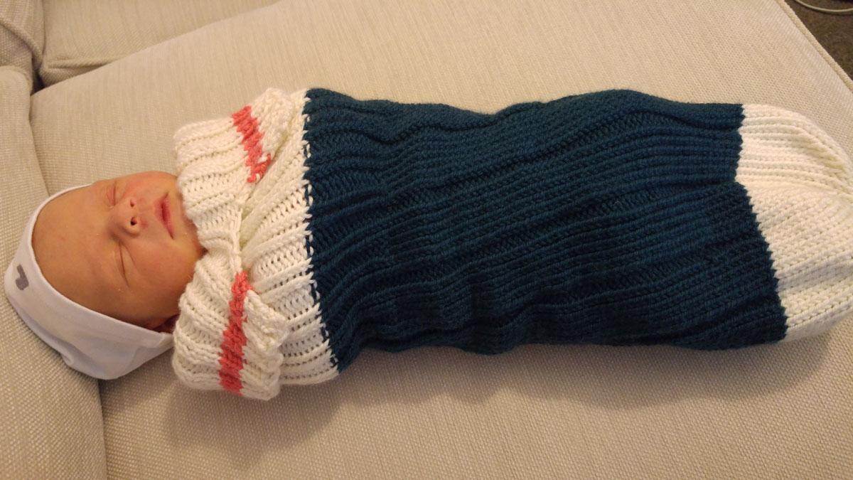 knitting-monkey-snuggler
