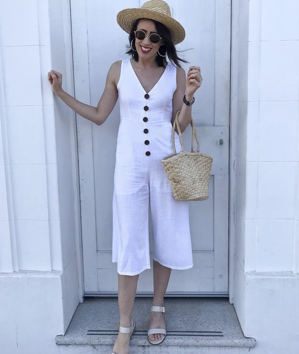 Hannah picked this linen jumpsuit up for $6 & gave it a DIY touch with the big buttons.