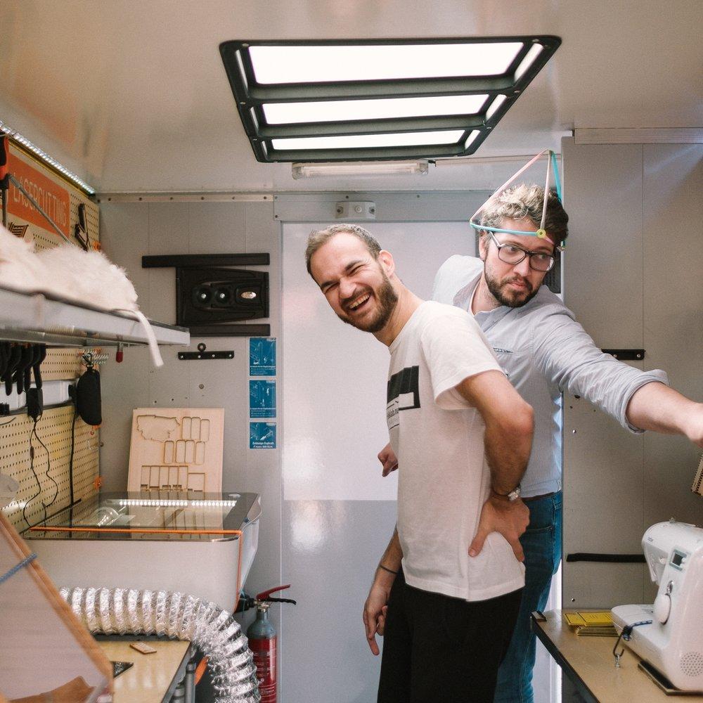 Folk Lab är svensk partner till belgiska  Fablab Factory  De har varit med att starta över 50 lab och makerspaces i Europa. Folk Lab erbjuder inköp av utrustning samt support vid installation och service av era maskiner och utrustning. Våra serviceavtal ser olika ut beroende på inköp. Vi är gärna med er i planeringsprocessen vid både små och stora inköp.