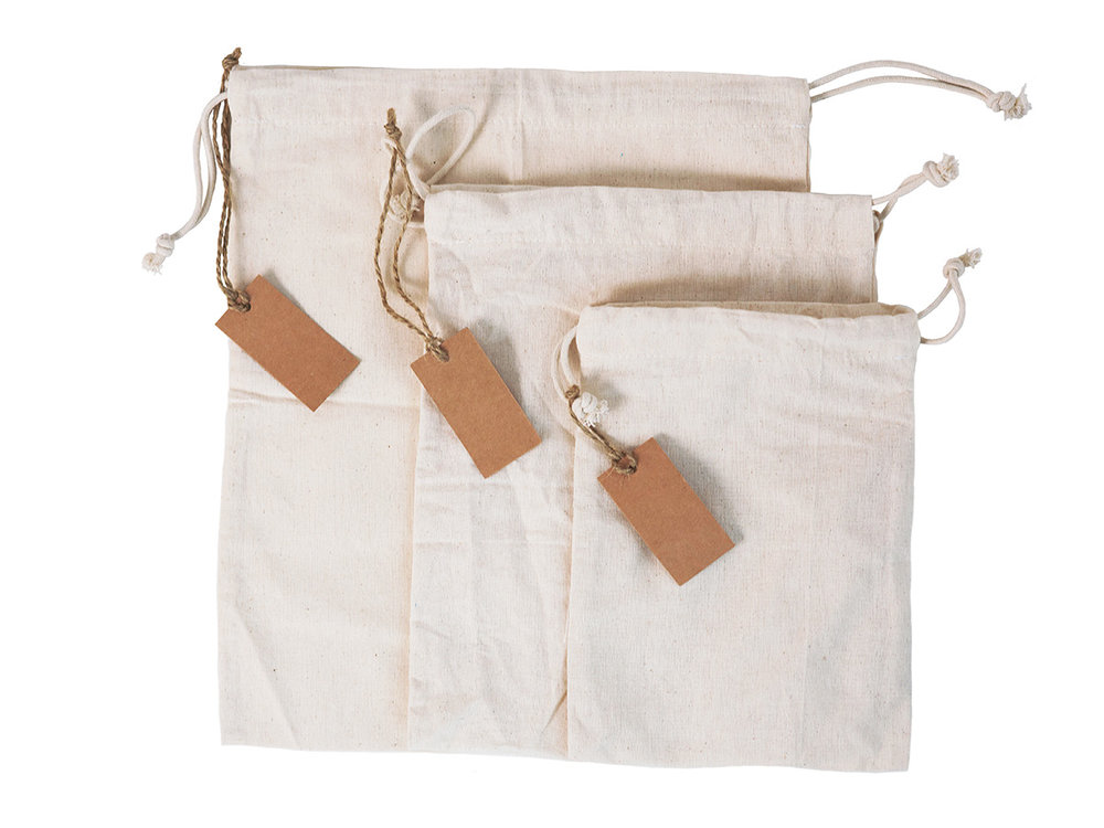 REUSABLE & MACHINE WASHABLE - Our muslin bags go in the washing machine with no problems and are ready to be reused. Since the bags are 100% cotton better to wash with cold water and air dry. Other bags Shrink too small but Leafico is designed with an EXTRA inch on all sides and shrink to a listed size