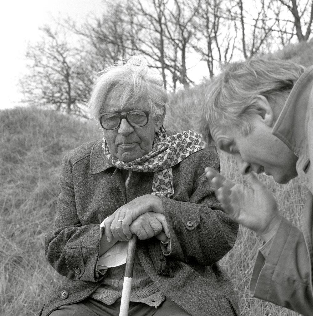 David Parker talking to Laurie Lee © Chris Chapman 1994.jpg