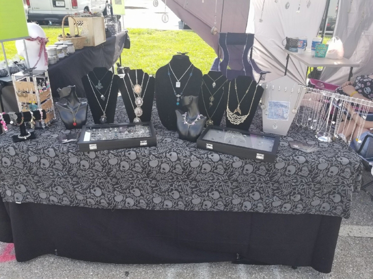 LibbyBelle's Chaotic Creations, handmade jewelry.