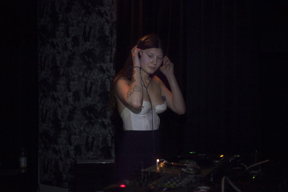 Canan Batur DJ set