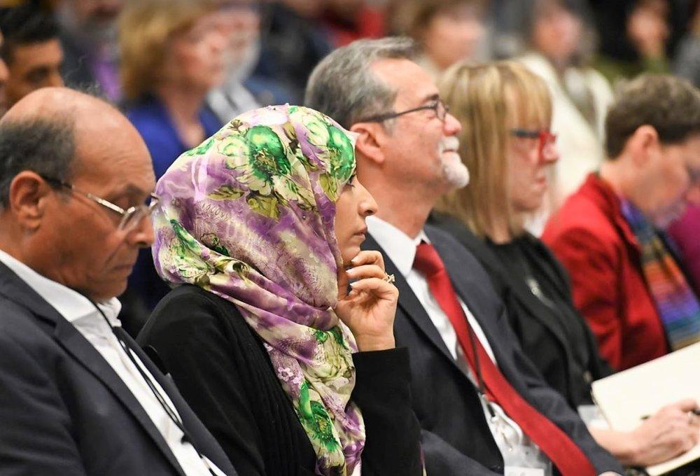 Tawakkol listening and President Marzouki.JPG