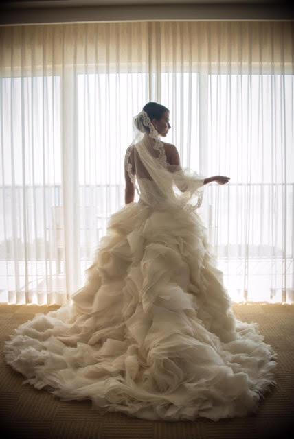 lazaro bride 1