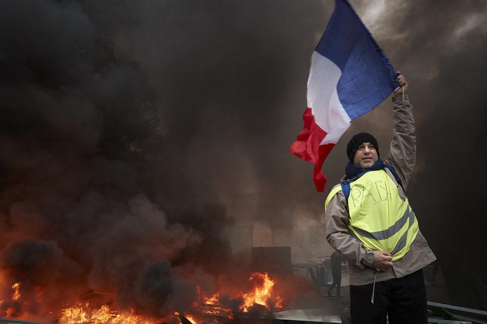 Gilets_Jaunes_Riots_Paris02.JPG