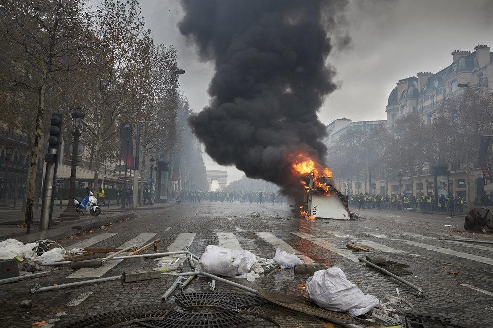 Gilets_Jaunes_Riots_Paris04.JPG