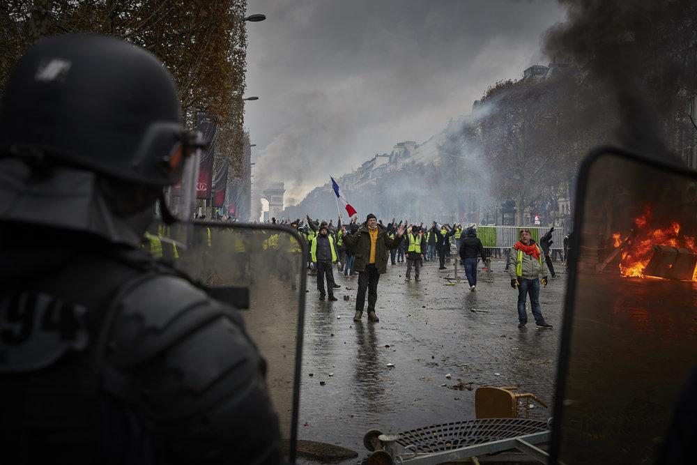 Gilets_Jaunes_Riots_Paris11.JPG