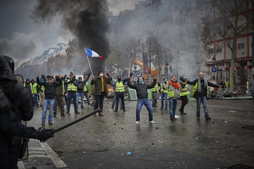 Gilets_Jaunes_Riots_Paris12.JPG