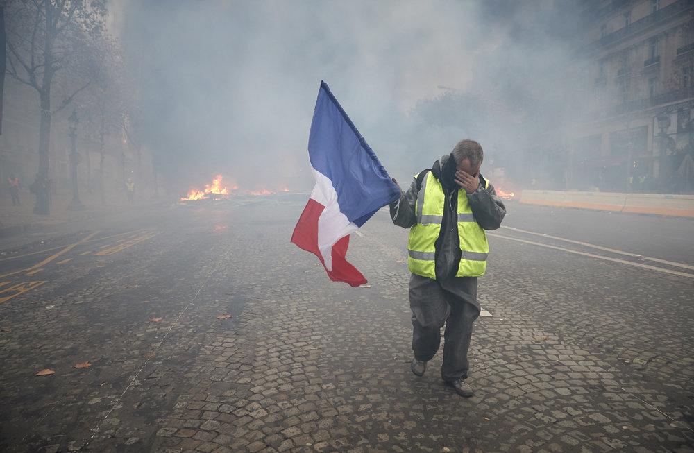 Gilets_Jaunes_Riots_Paris13.JPG