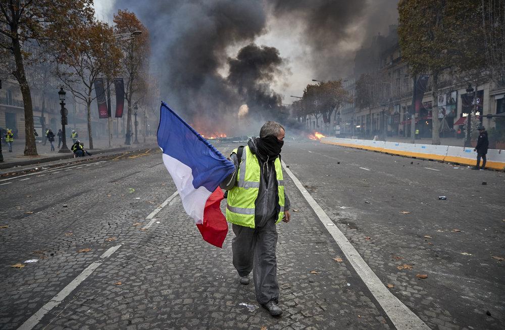Gilets_Jaunes_Riots_Paris14.JPG