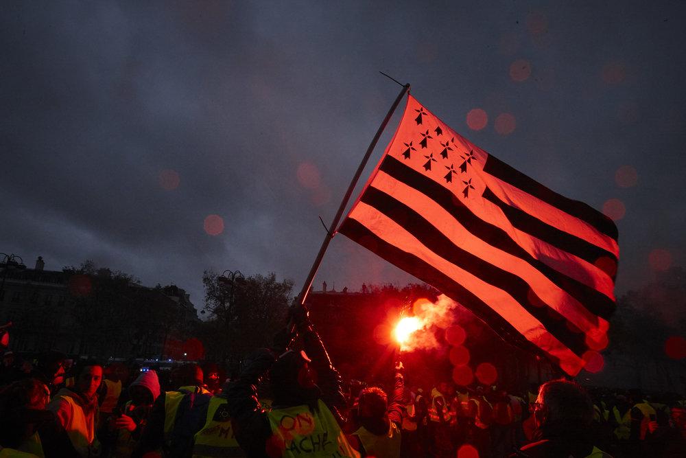 Gilets_Jaunes_Riots_Paris-1DEC-03.JPG
