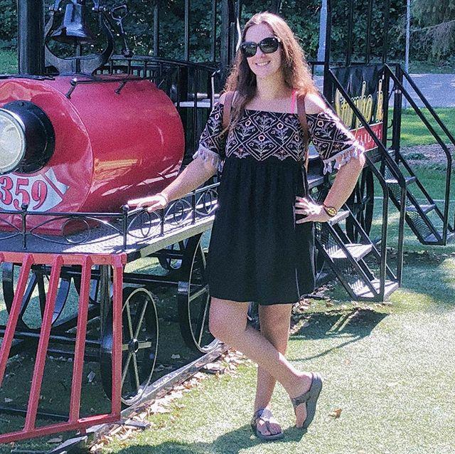 Trains make my heart happy in that special kind of little kid way, choo choo!! 🚂 What makes your heart happy? 🚂 #britsinthebay #thebaycollective #thebossbabesociete #bayarea #bayarealife #sfbayarea #siliconvalley #siliconvalleylife #norcal #california #californialiving #californiaadventure #westcoastliving #americandream #expat #expatlife #expatfamily #expatblogger #bayareablogger #gypsysoul #nomad #nomadnomore #mumlife #livingabroad #naturefamily #adventurefamily #choochoo