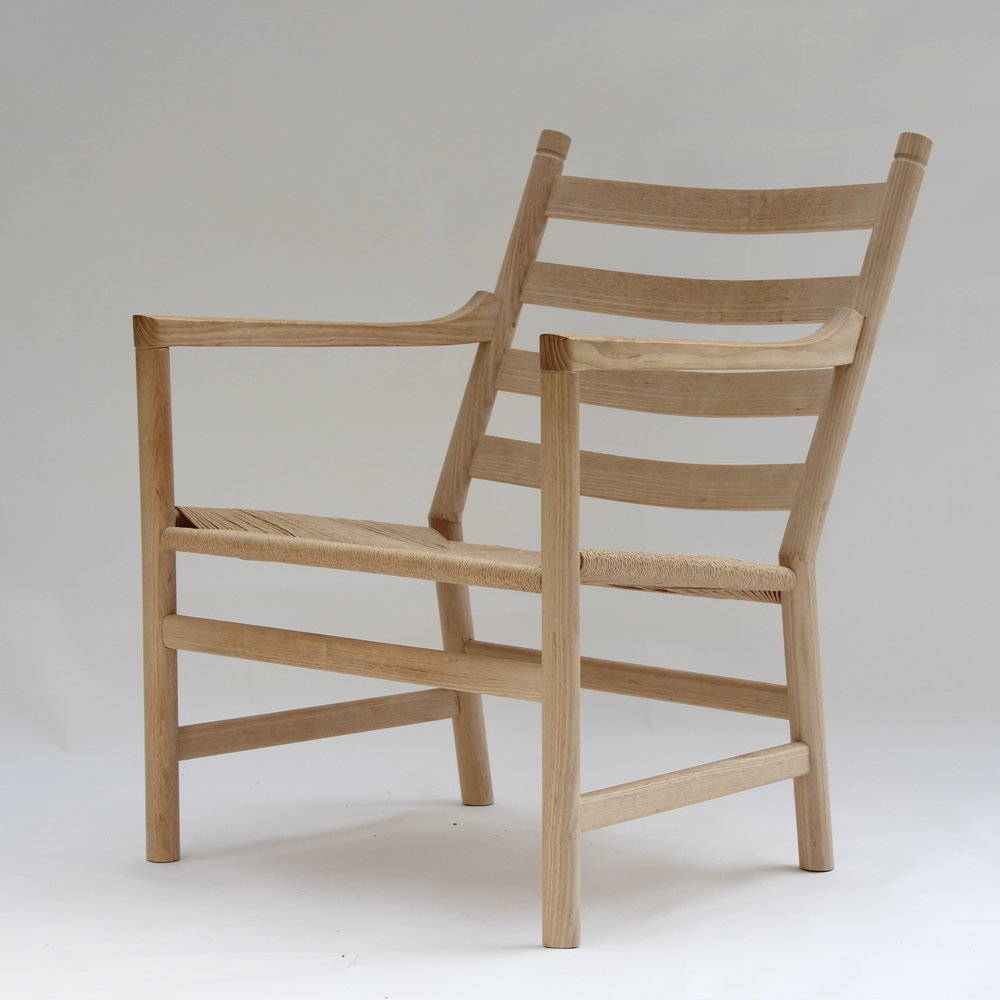 Wegner ch44 chair right front angle.JPG