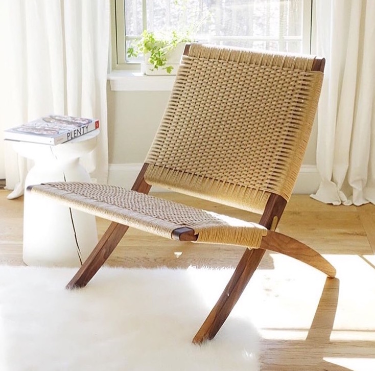 Hans Wegner 512 Style Danish Modern Folding lounge chair.jpg