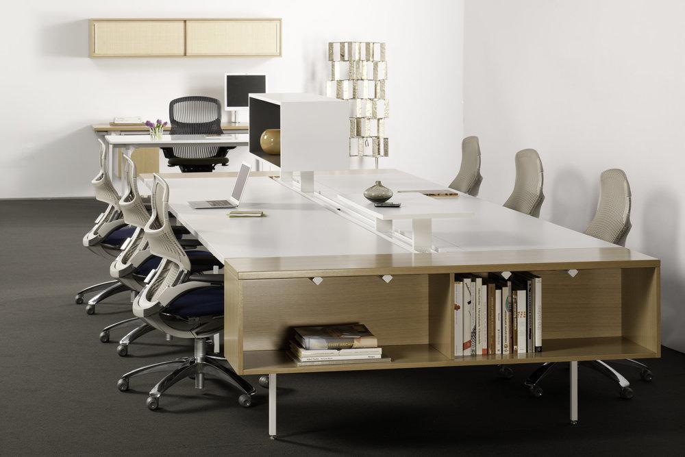 antenna-workspaces-big-table_m (1).jpg