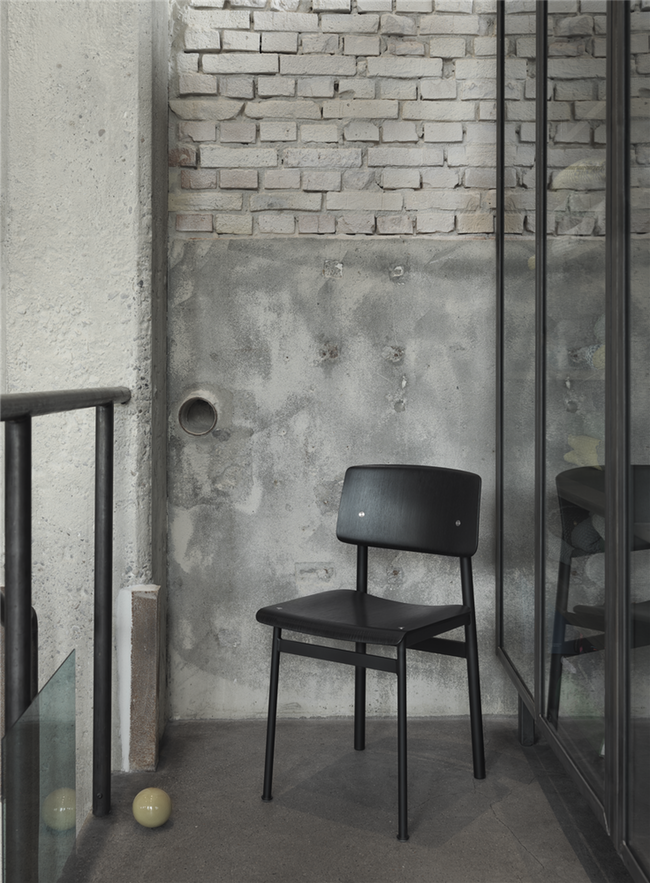 loft-chair-blackblack-1499762455.png