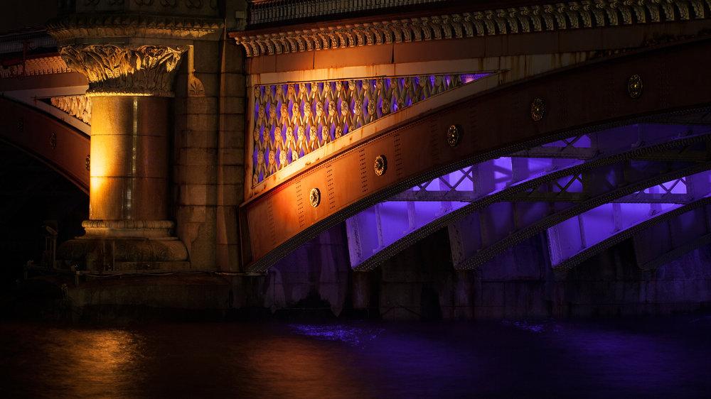 09 Blackfriar's Bridge.jpg