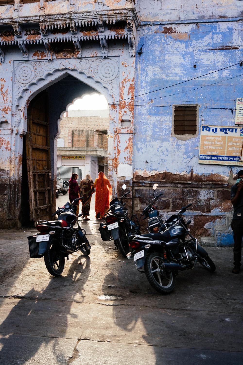 india-08467-2.jpg