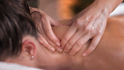 Add CBD massage oil onto your next service to help naturally loosen muscles and reduce inflammation to allow for faster healing.