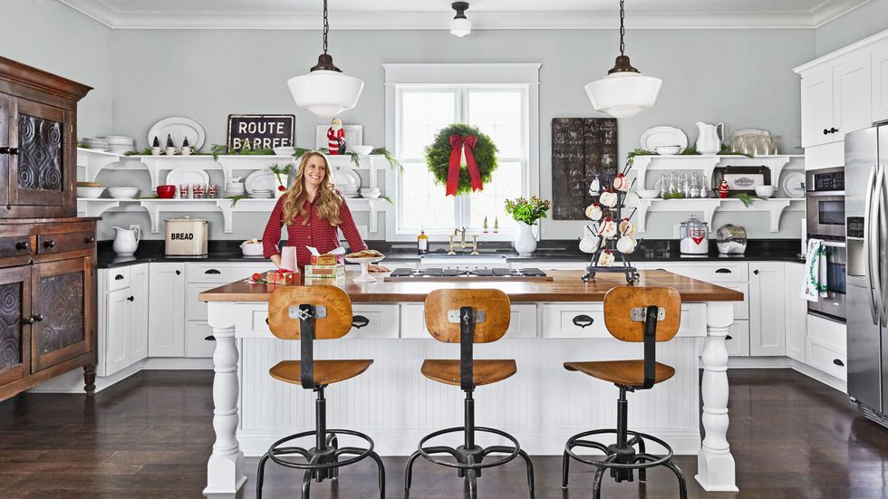 gallery-spirit-christmas-past-kitchen-island-1216-1.jpg