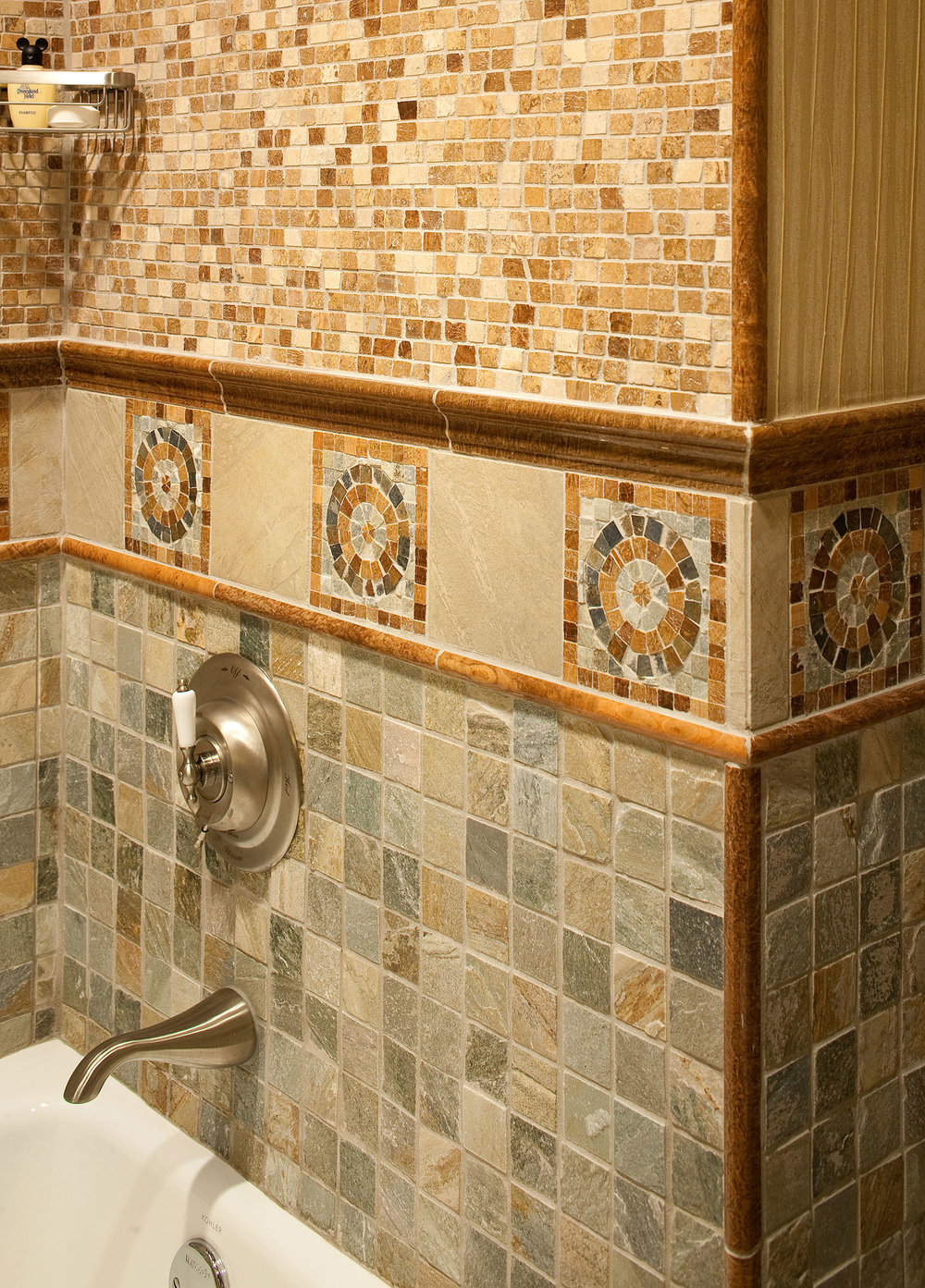 DLH-Big-Thunder_Bathroom-detail-2.jpg