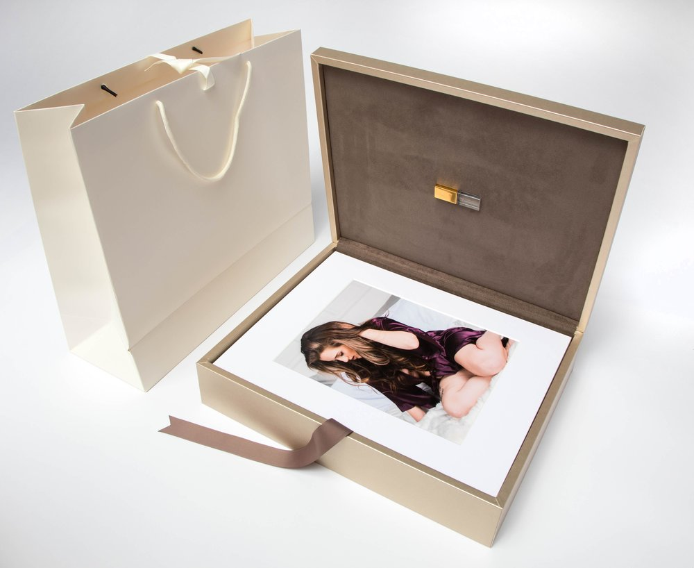 Luxe Metallic Folio Box - With 20 matted prints and engraved crystal USB