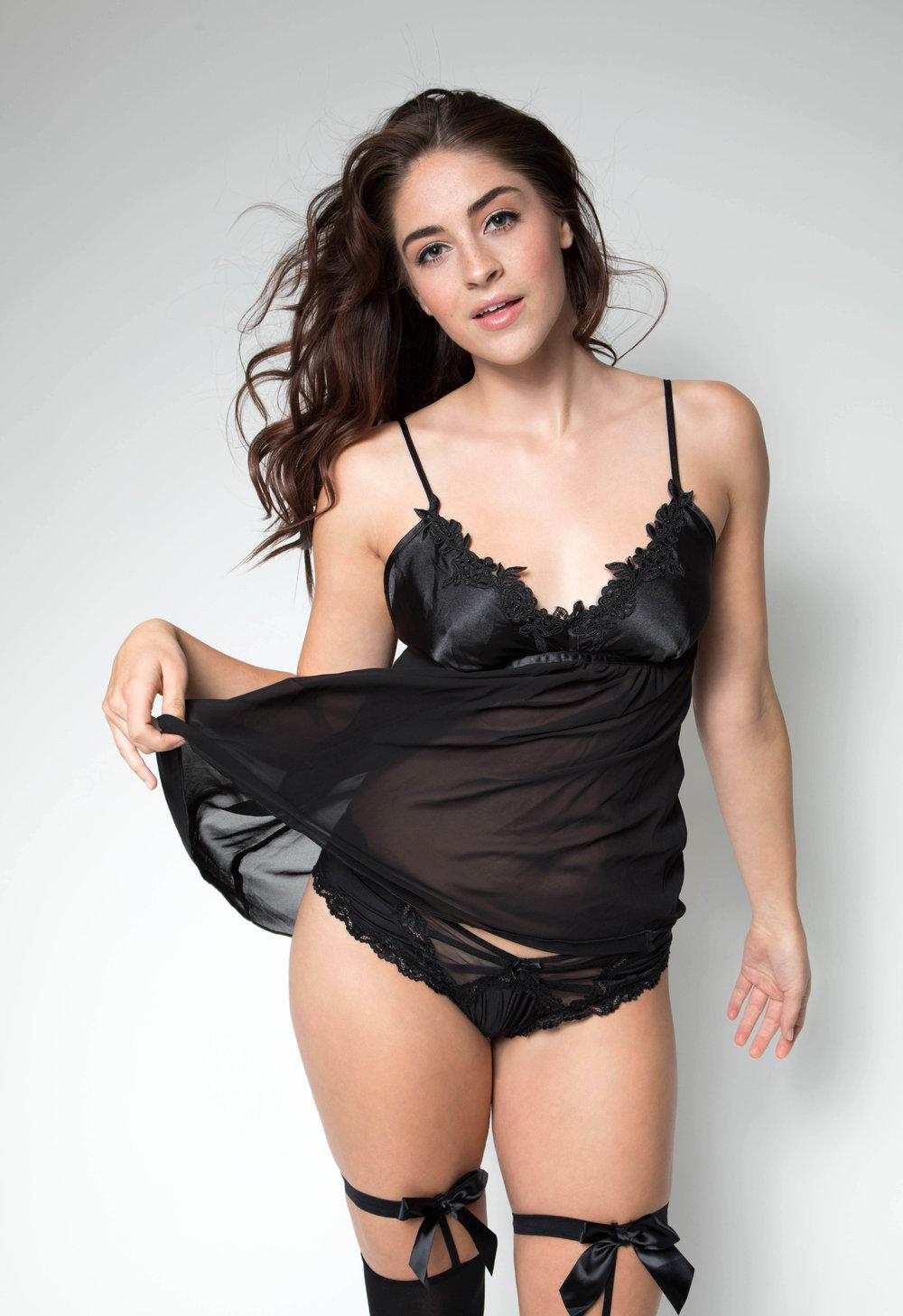 Antoinette Boudoir-6790-2.jpg