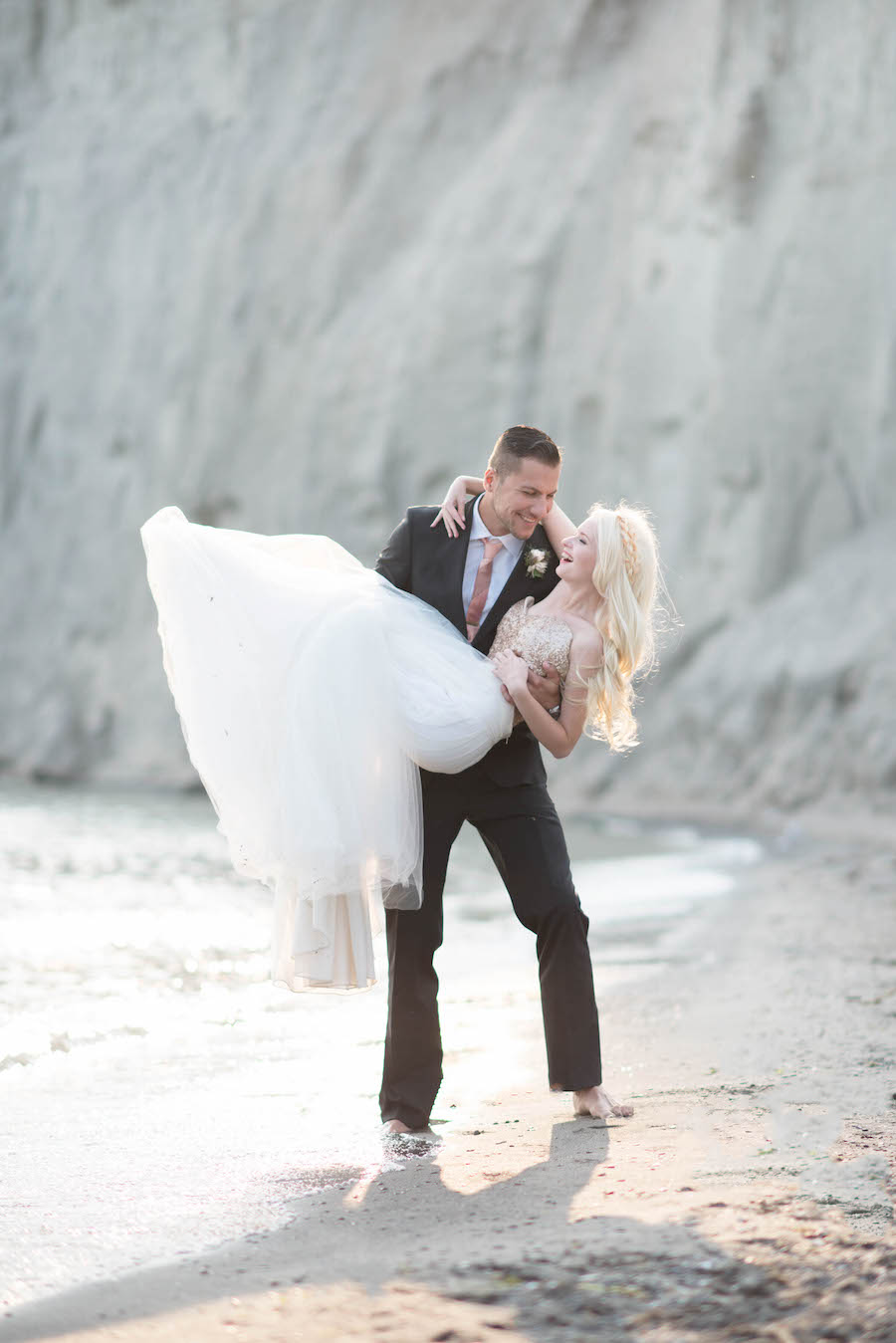 2-5awhitney-heard-photography-peach-gold-toronto-wedding-23.jpg