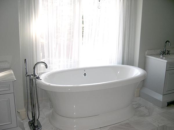 Lakeview Village Bathroom A.jpg
