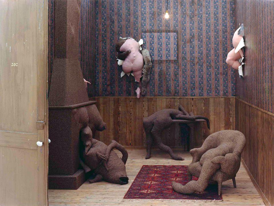 Dorothea Tanning's Poppy Hotel, Room 202 (1970-73) © Centre Pompidou; Musée national d'art moderne