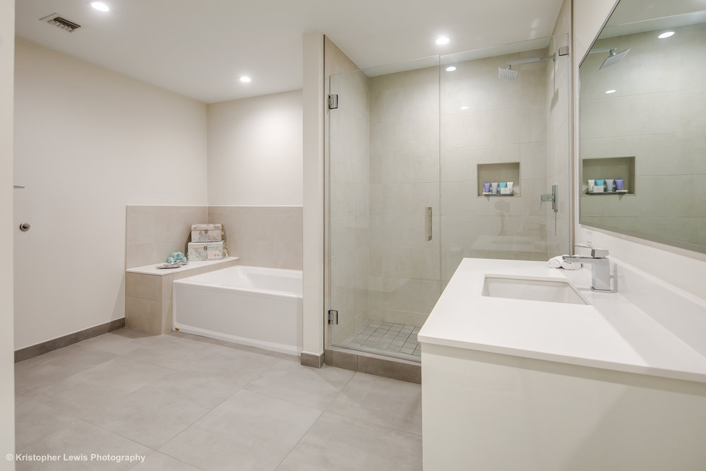 14_Bathroom-5.jpg