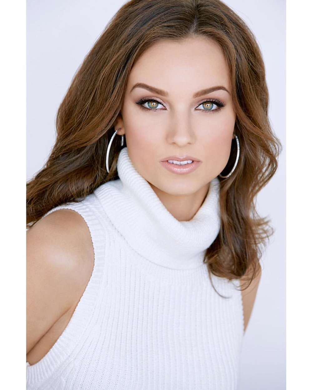 Olivia Pura