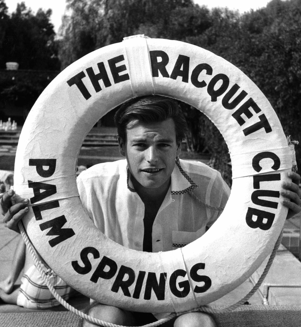 actor robert wagner at the raquet club, palm springs