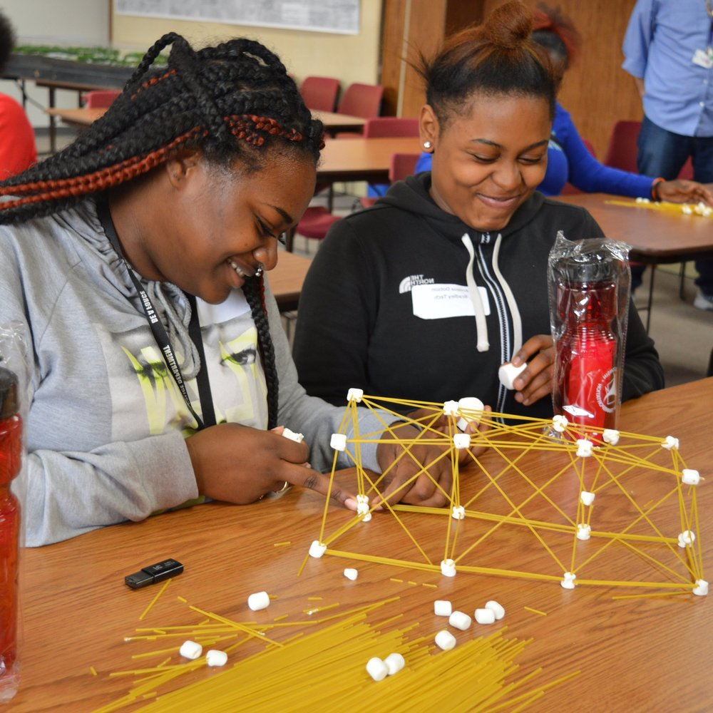 1. Compressed Young Women in STEM_2016 (144).jpg
