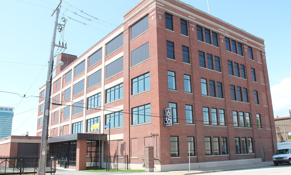 St. Paul Avenue Design District - West St. Paul Avenue, Milwaukee's emerging design & decor showroom district, has historic building stock available for lease and for sale.