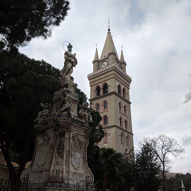 Beautiful sights in Messina, Italy today! . . . #travel #worldtravel #messina #myfeethurt