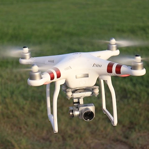drone-3620334__480.jpg