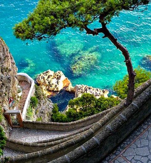 Aqua waters Positano.jpg