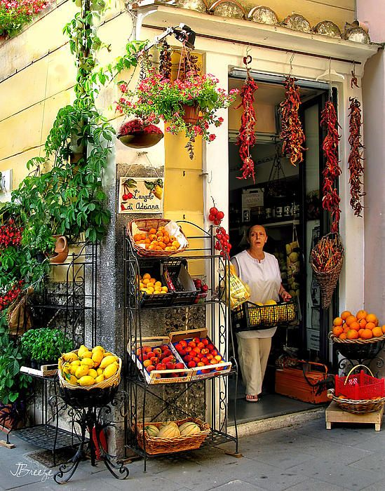 Campania store.jpg